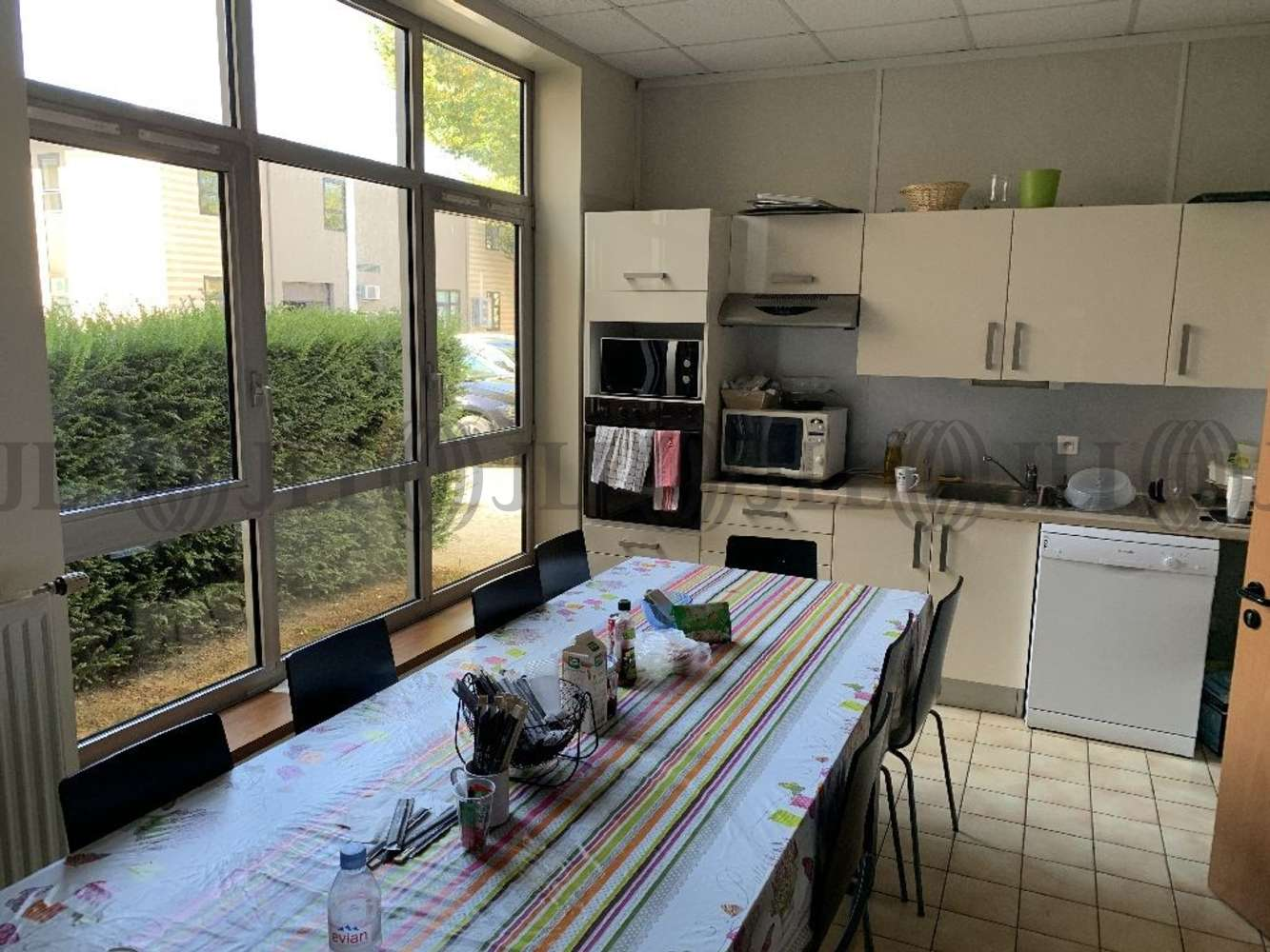 Bureaux Voisins le bretonneux, 78960 - PARKILE - 10860243