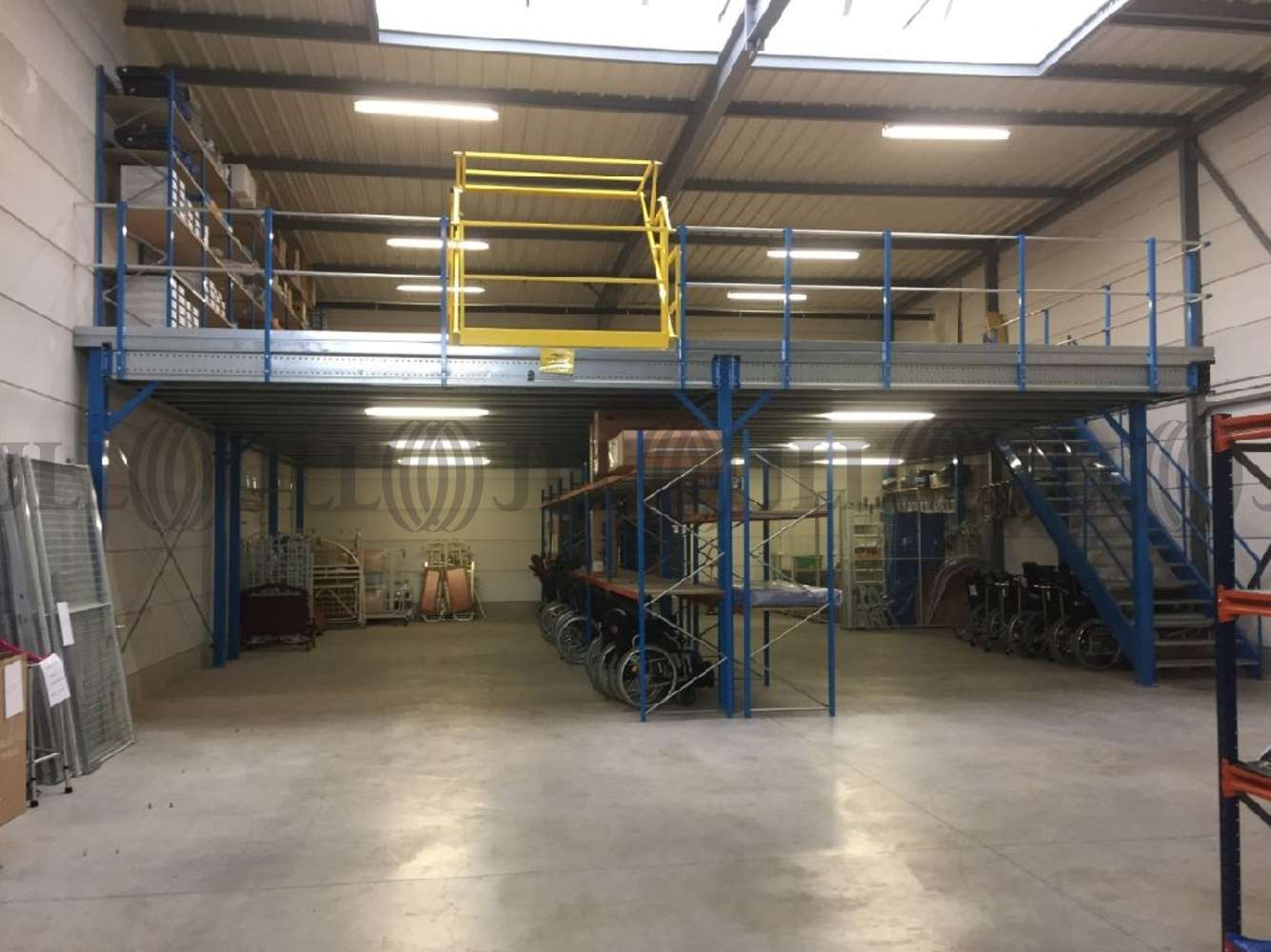 Activités/entrepôt Chambly, 60230 -  RUE HENRI BECQUEREL - 10890106