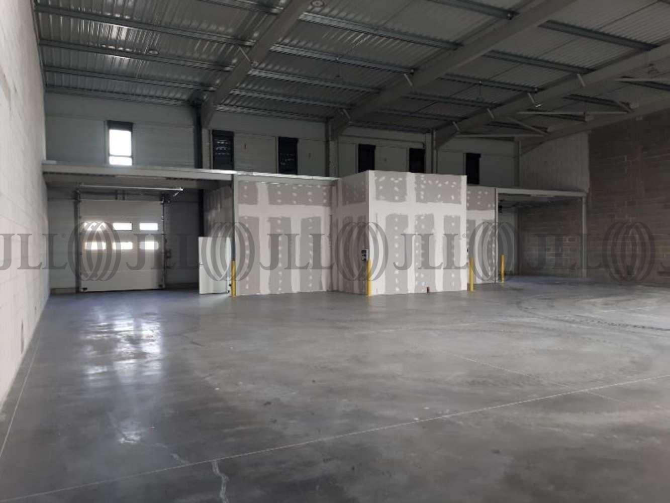 Activités/entrepôt Cournon d auvergne , 63800 - RUE JEAN MERMOZ - 10903065