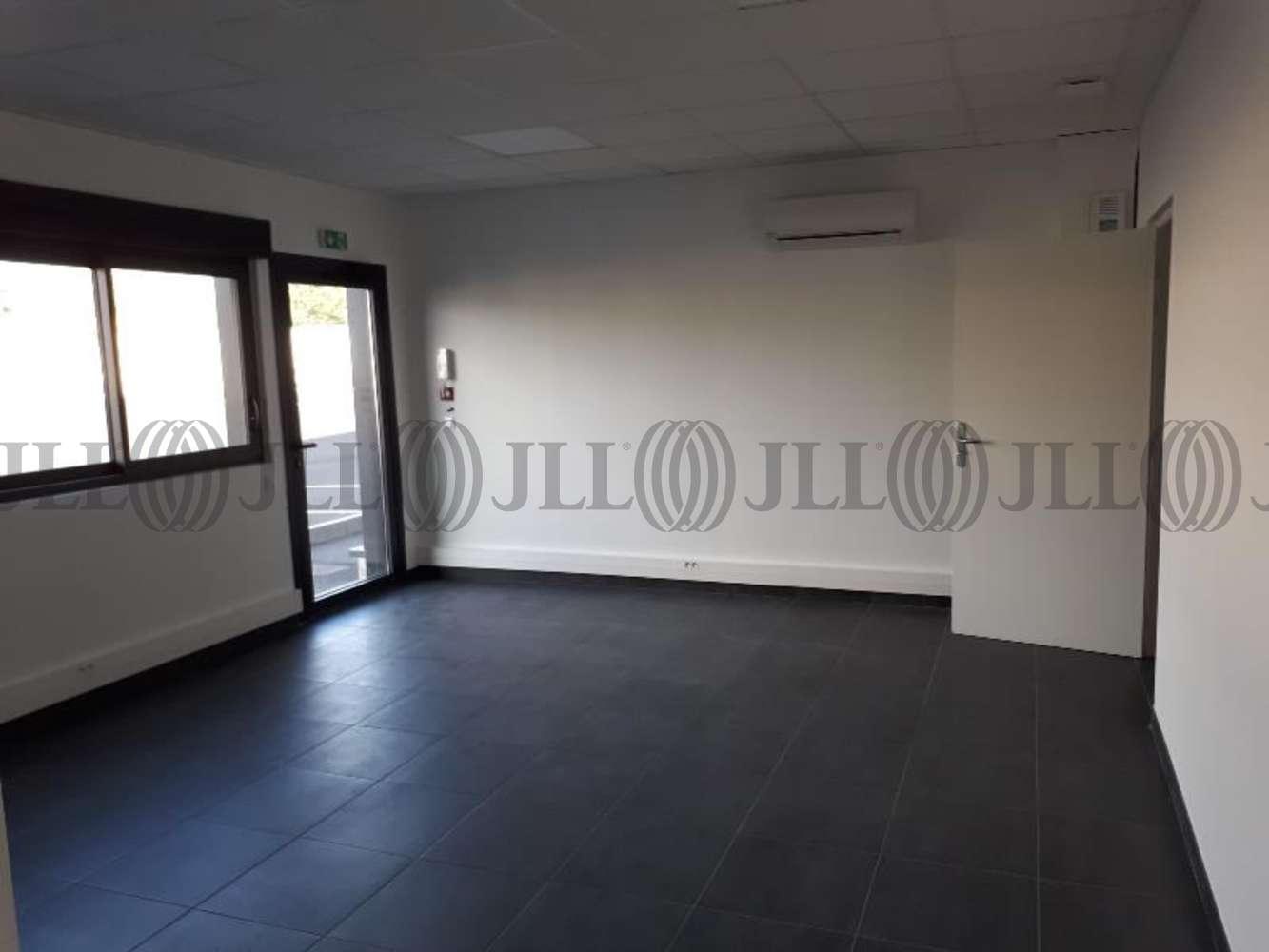 Activités/entrepôt Cournon d auvergne , 63800 - RUE JEAN MERMOZ - 10903066