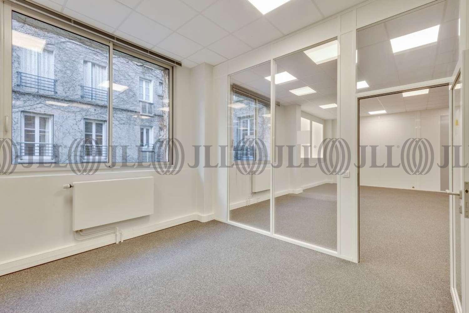 Bureaux Paris, 75015 - 26-28 RUE DE CHAMBERY - 10908803