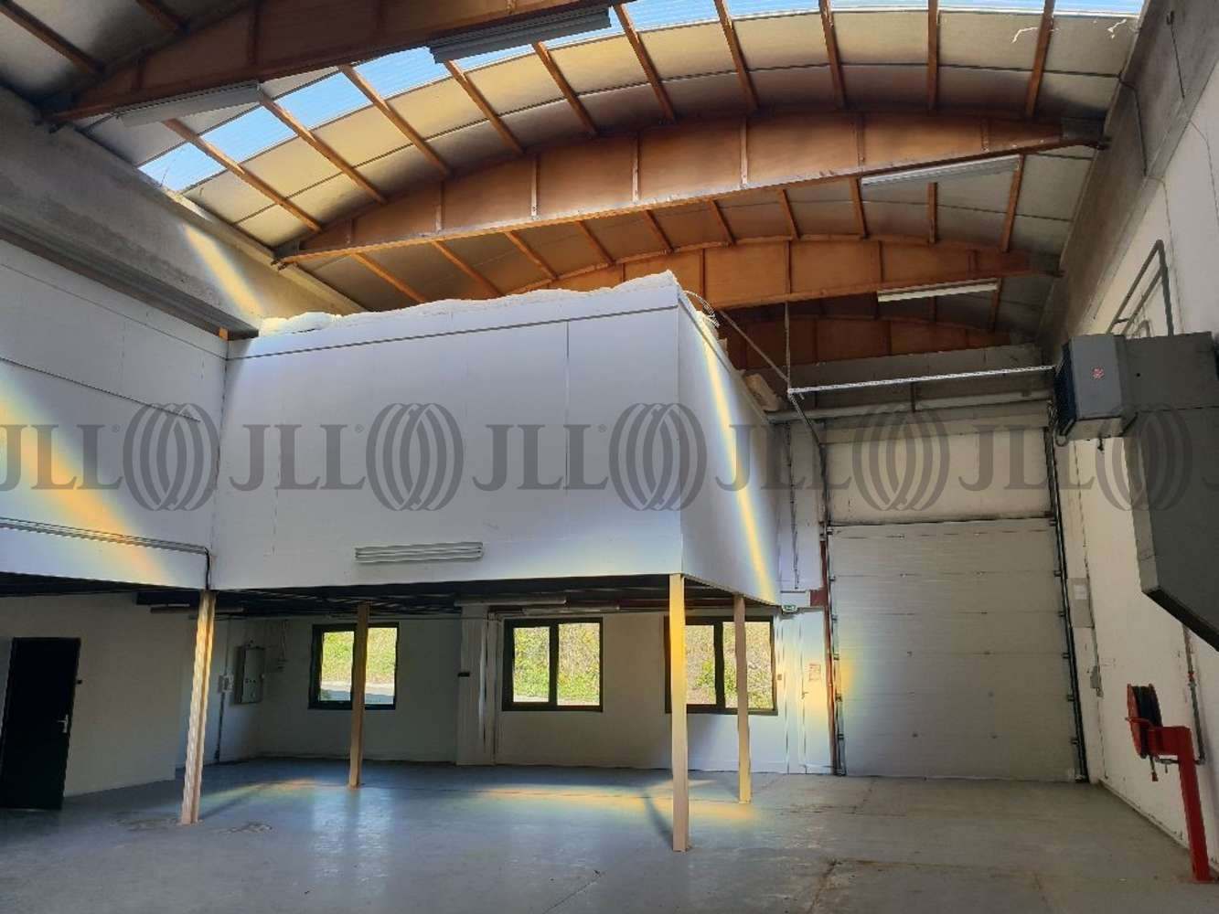 Activités/entrepôt Dardilly, 69570 - Location locaux d'activité Dardilly (69) - 10921681