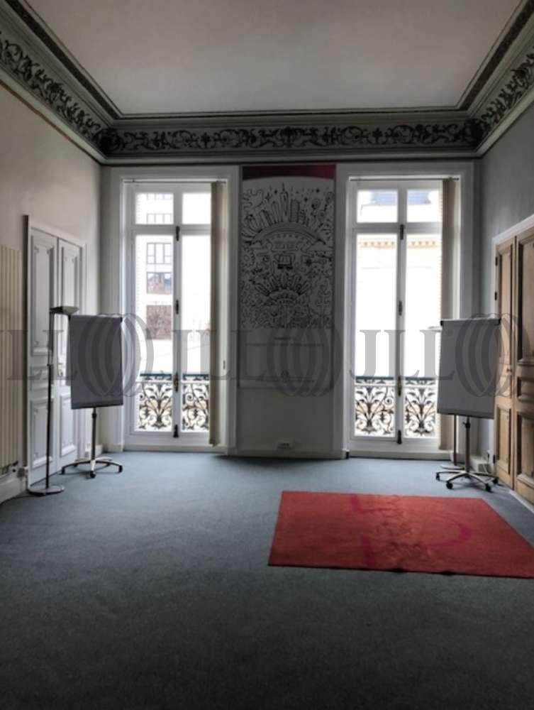 Bureaux Paris, 75008 - 82 RUE DU FAUBOURG SAINT HONORE - 10921809