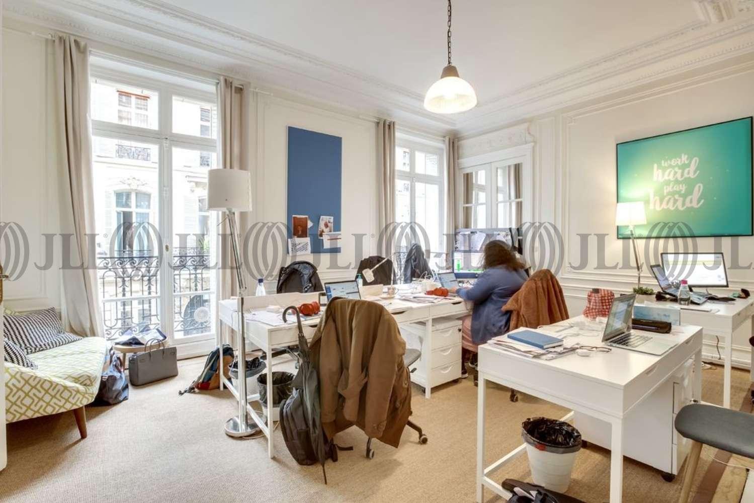 Bureaux Paris, 75008 - 1-3 RUE DE PENTHIEVRE - 10922940