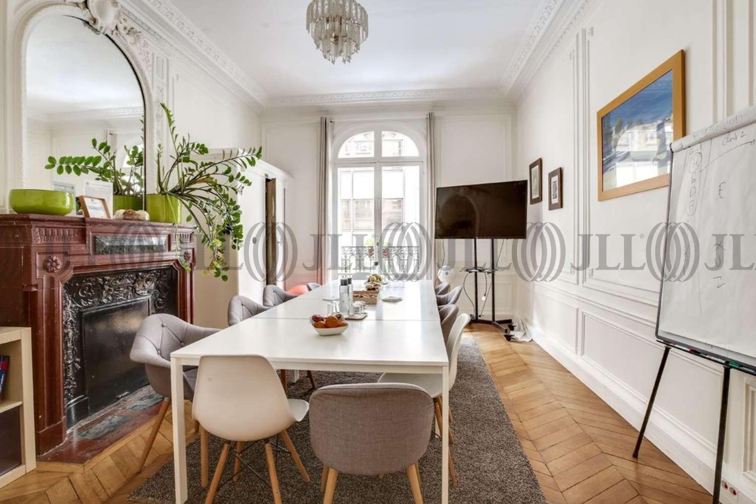 Bureaux Paris, 75008 - 1-3 RUE DE PENTHIEVRE - 10922942