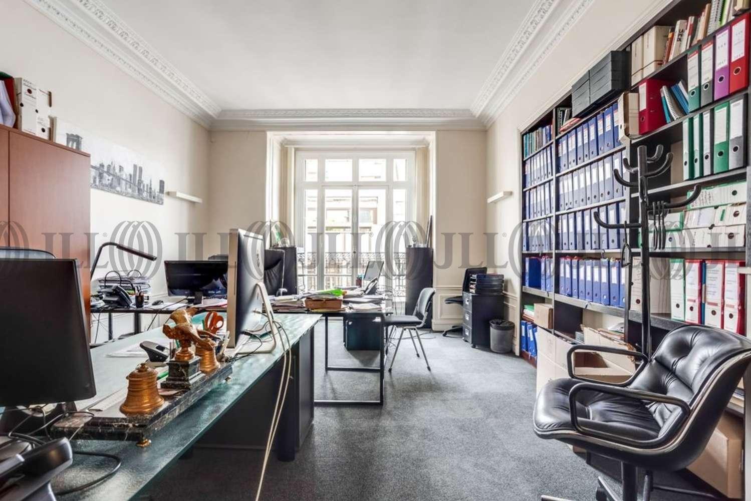 Bureaux Paris, 75008 - 1-3 RUE DE PENTHIEVRE - 10922944