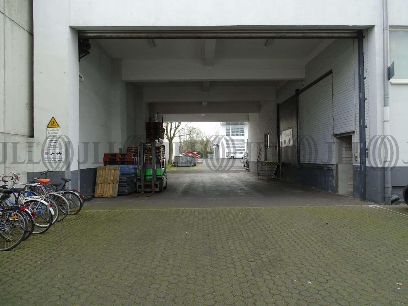 Hallen Köln, 50825