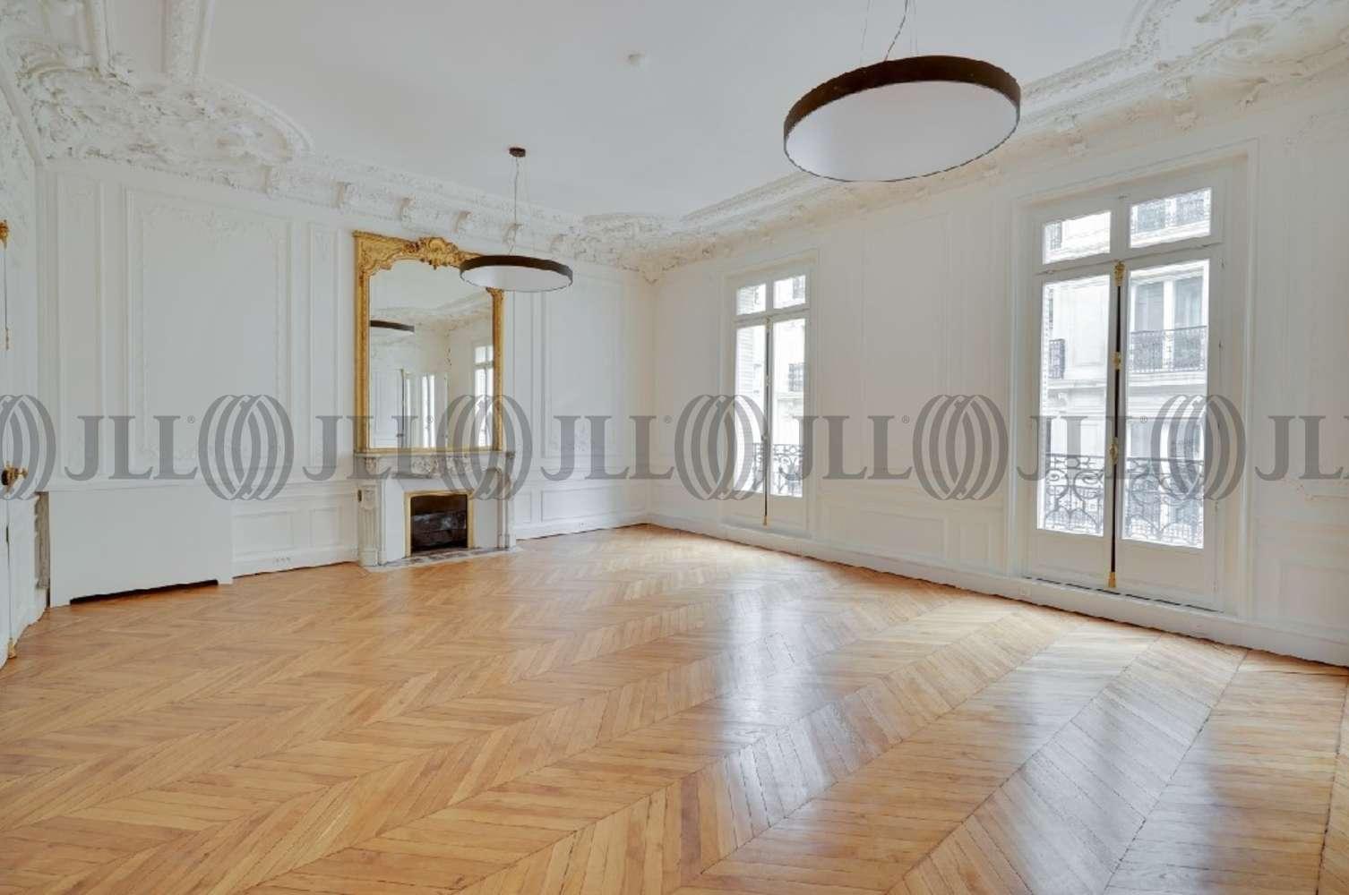 Bureaux Paris, 75008 - 32 RUE DE PENTHIEVRE