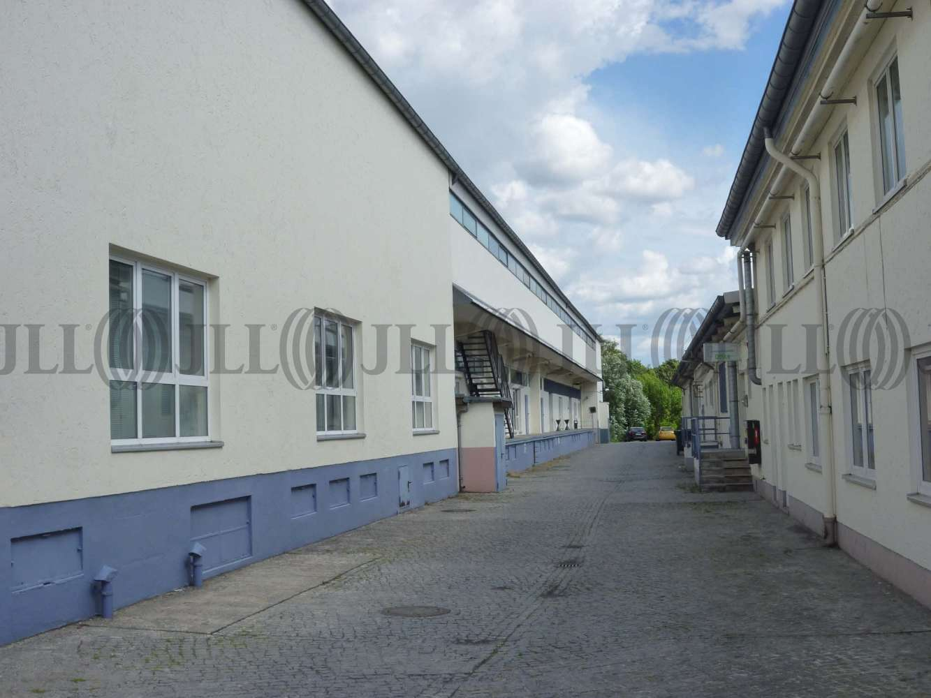 Hallen Berlin, 10587 - Halle - Berlin - B1067 - 9391271