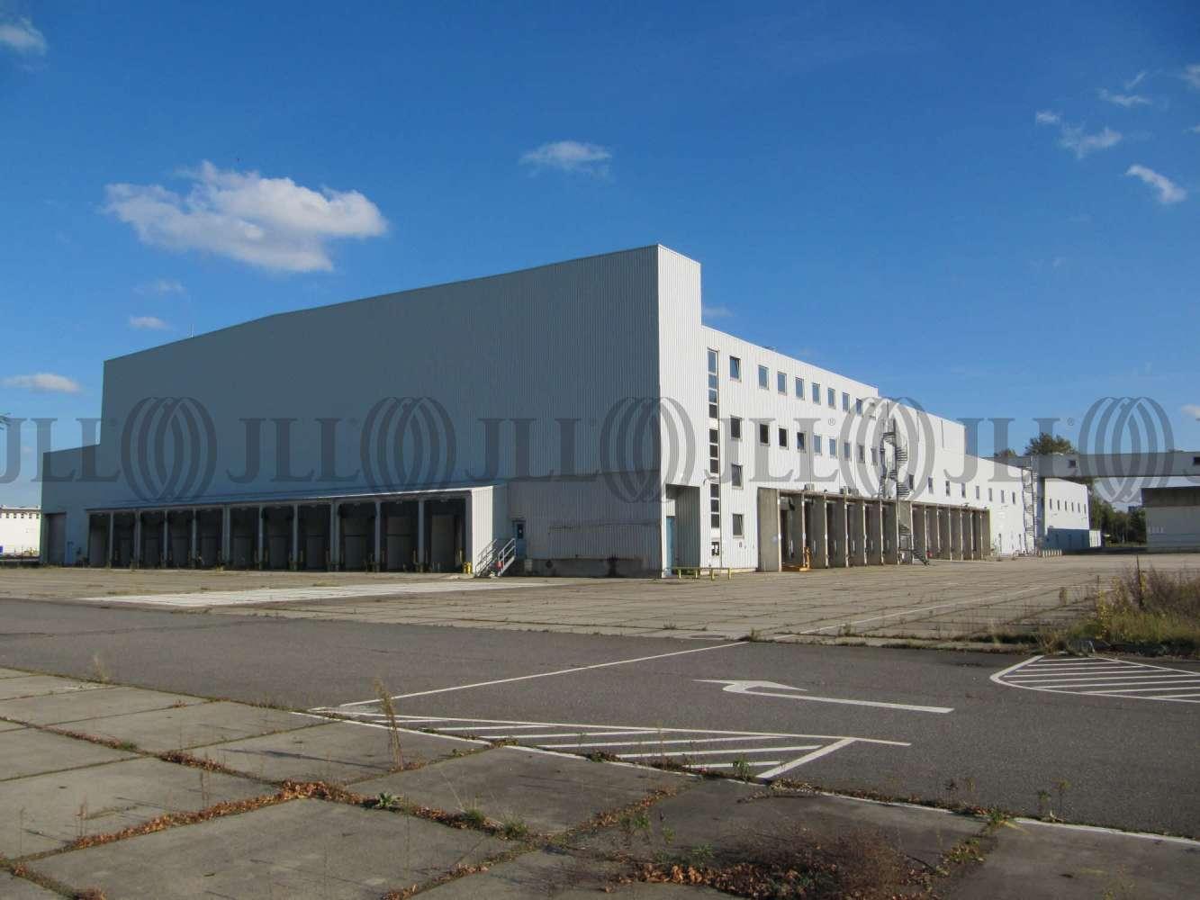 Hallen Berlin, 13599 - Halle - Berlin, Spandau - B0157 - 9398522