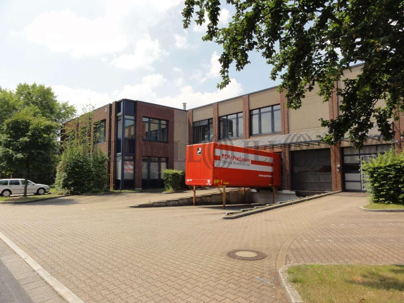 Hallen Düsseldorf, 40472 - Halle - Düsseldorf, Rath - D2526 - 9963553