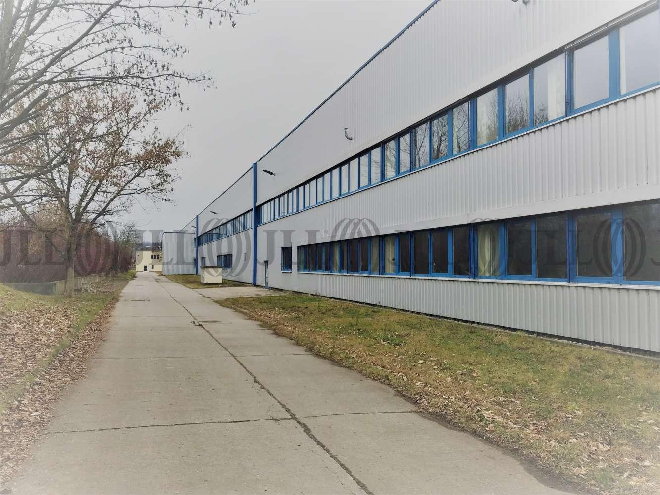Hallen Oberlungwitz, 09353 - Halle - Oberlungwitz - B1695 - 10044801