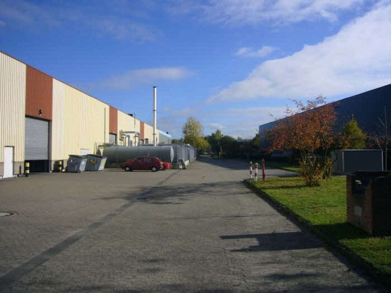 Hallen Hilden, 40721 - Halle - Hilden - D0092 - 9387344