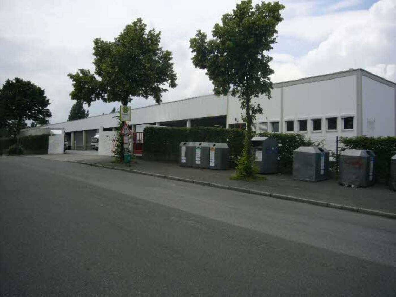 Hallen Düsseldorf, 40229 - Halle - Düsseldorf, Eller - D0221 - 9404934
