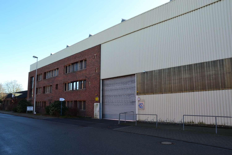 Hallen Hilden, 40721 - Halle - Hilden - D1665 - 9404978