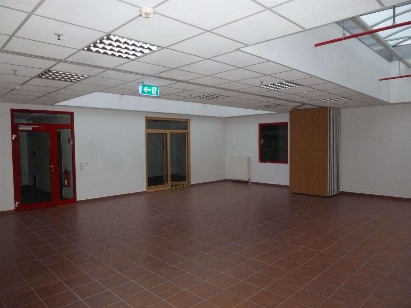 Hallen Bremen, 28307 - Halle - Bremen, Osterholz - H0830 - 9406576