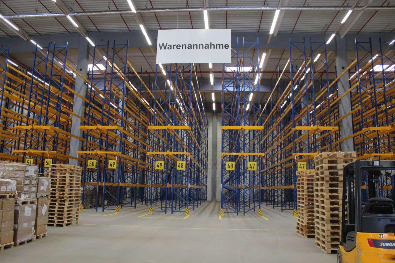 Hallen Hannover, 30165 - Halle - Hannover, Vahrenwald - H1099 - 9411122