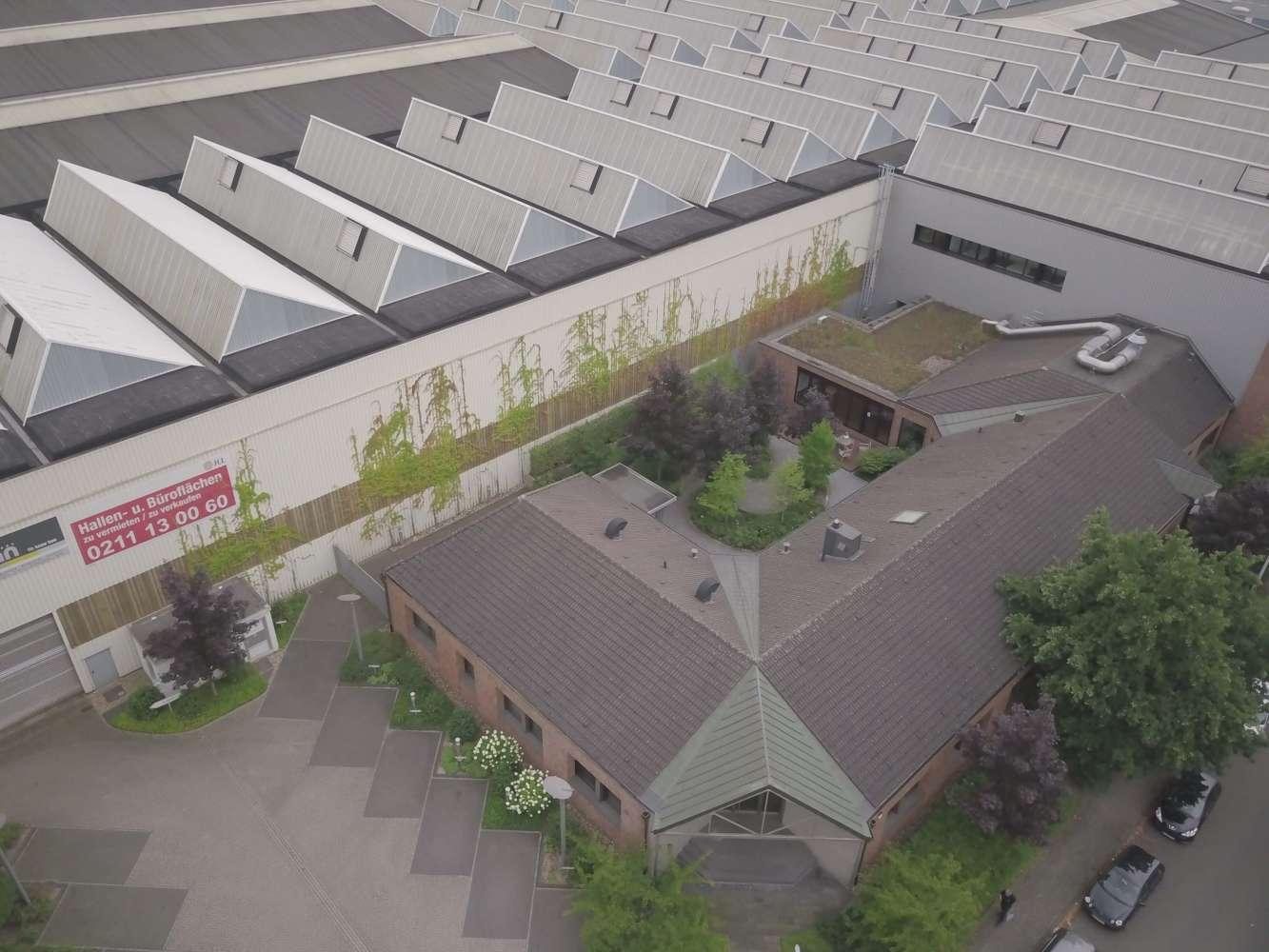 Hallen Hilden, 40721 - Halle - Hilden - D1665 - 9419987