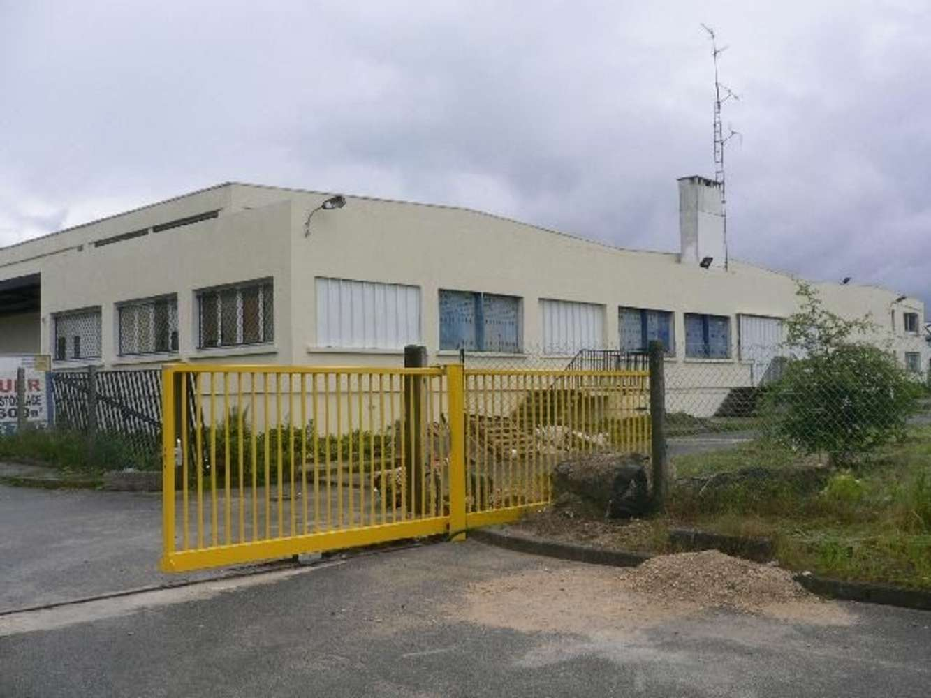 Activités/entrepôt Meaux, 77100 - 42 AVENUE DES SABLONS BOUILLANTS - 9447587
