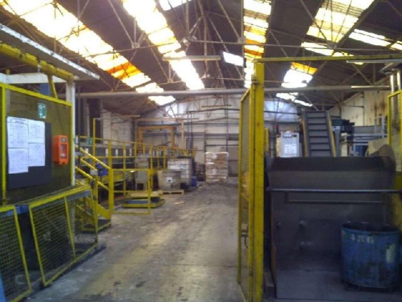Activités/entrepôt Villeneuve la garenne, 92390 - 23 AVENUE DU CHEMIN DES RENIERS - 9473970