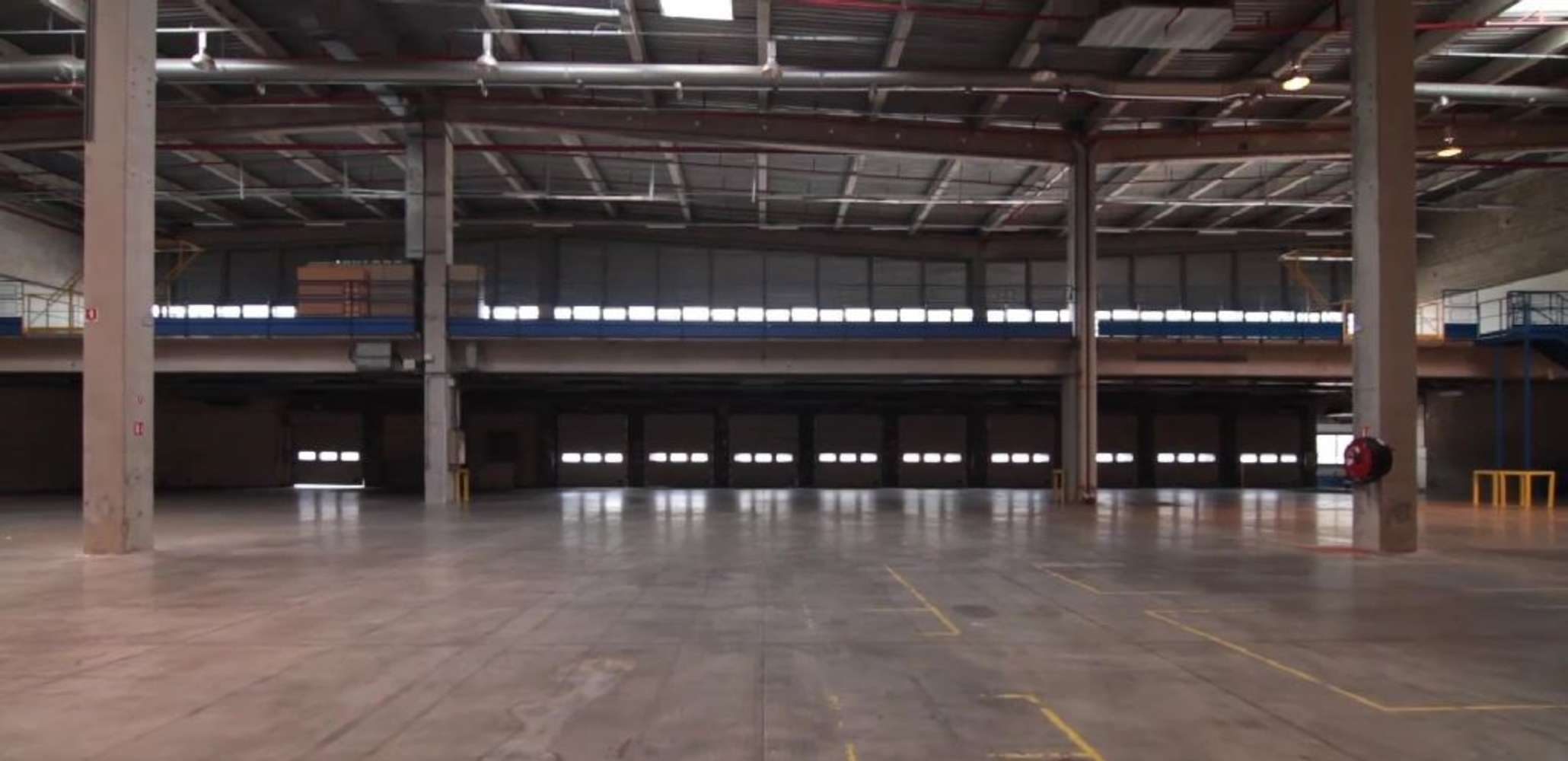 Plateformes logistiques Vaulx milieu, 38090 - A louer - entrepôt logistique Isère (38) - 9453679