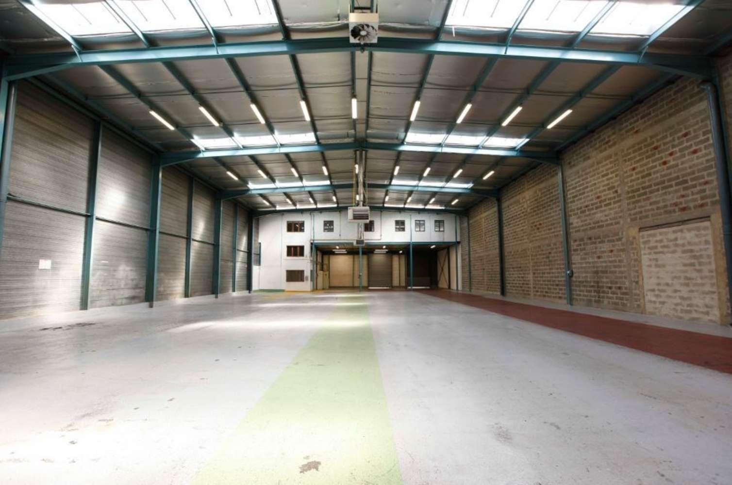 Activités/entrepôt Sartrouville, 78500 - PARC LE PRUNAY 2 - 9463975