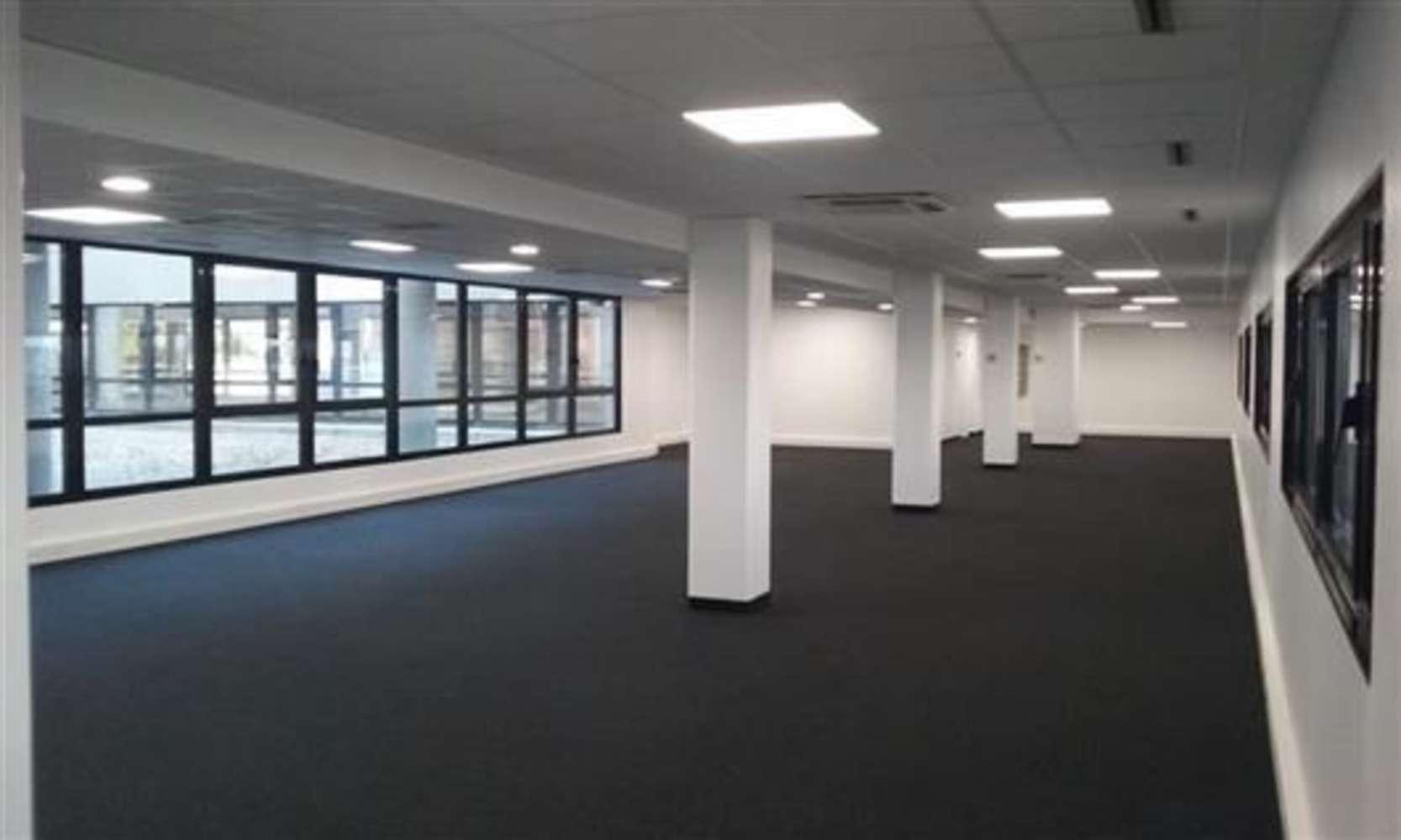 Bureaux Montigny le bretonneux, 78180 - LE FLORESTAN - 9450997
