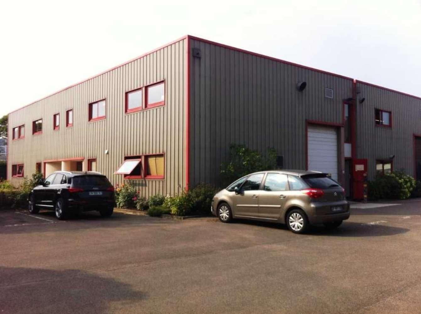 Activités/entrepôt Magny les hameaux, 78114 - GOMBERVILLE - 9450439