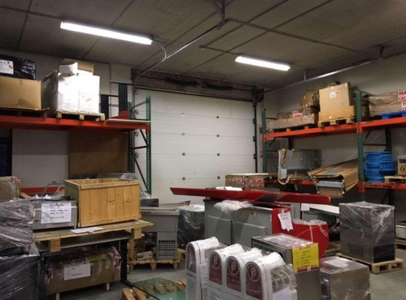 Activités/entrepôt Poissy, 78300 - 19 RUE CHARLES EDOUARD JEANNERET - 9465141