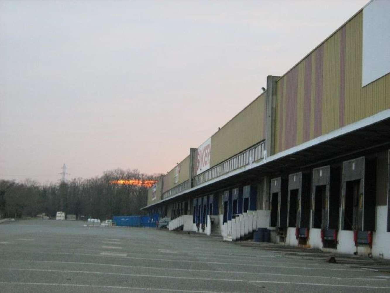 Activités/entrepôt Aubergenville, 78410 - 9 RUE DU CLOS REINE - 9447457