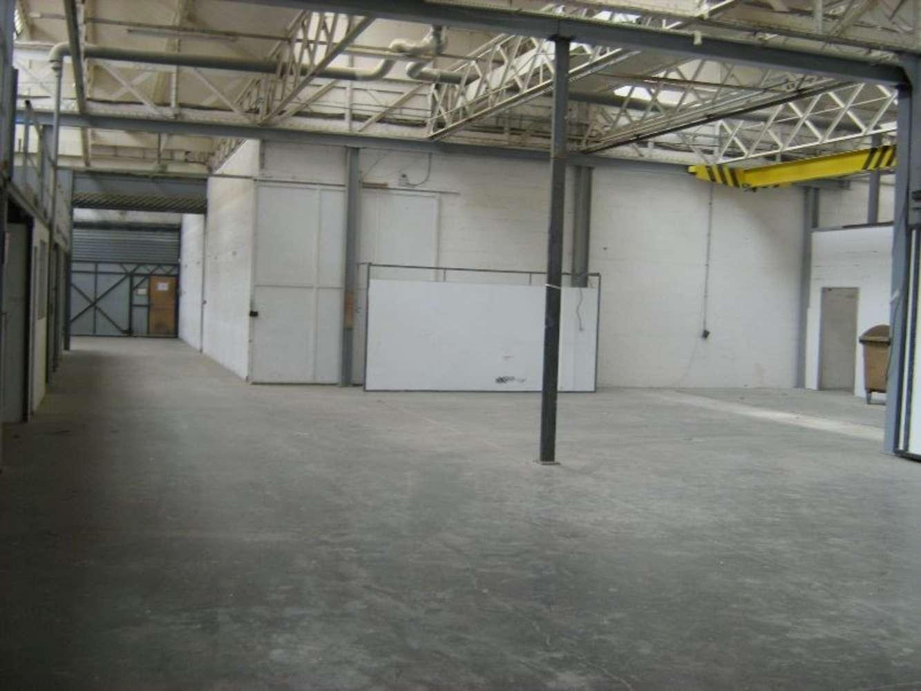 Activités/entrepôt Courbevoie, 92400 - 47-55 AVENUE DE L'EUROPE - 9445219