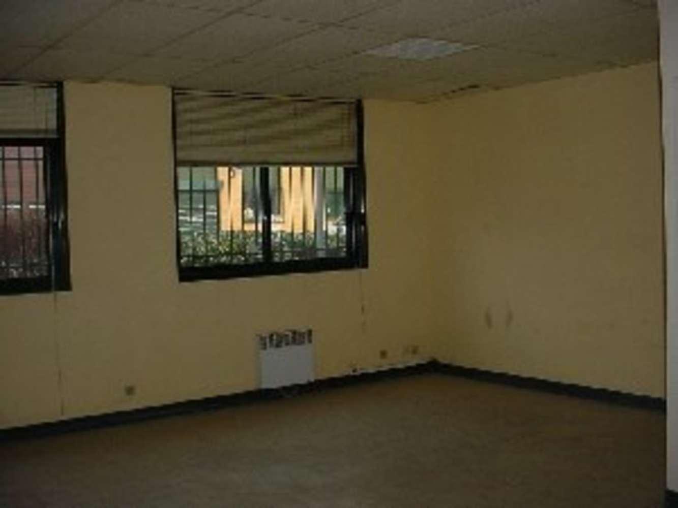 Activités/entrepôt Gonesse, 95500 - PARC DE LA CALARDE - 9464360
