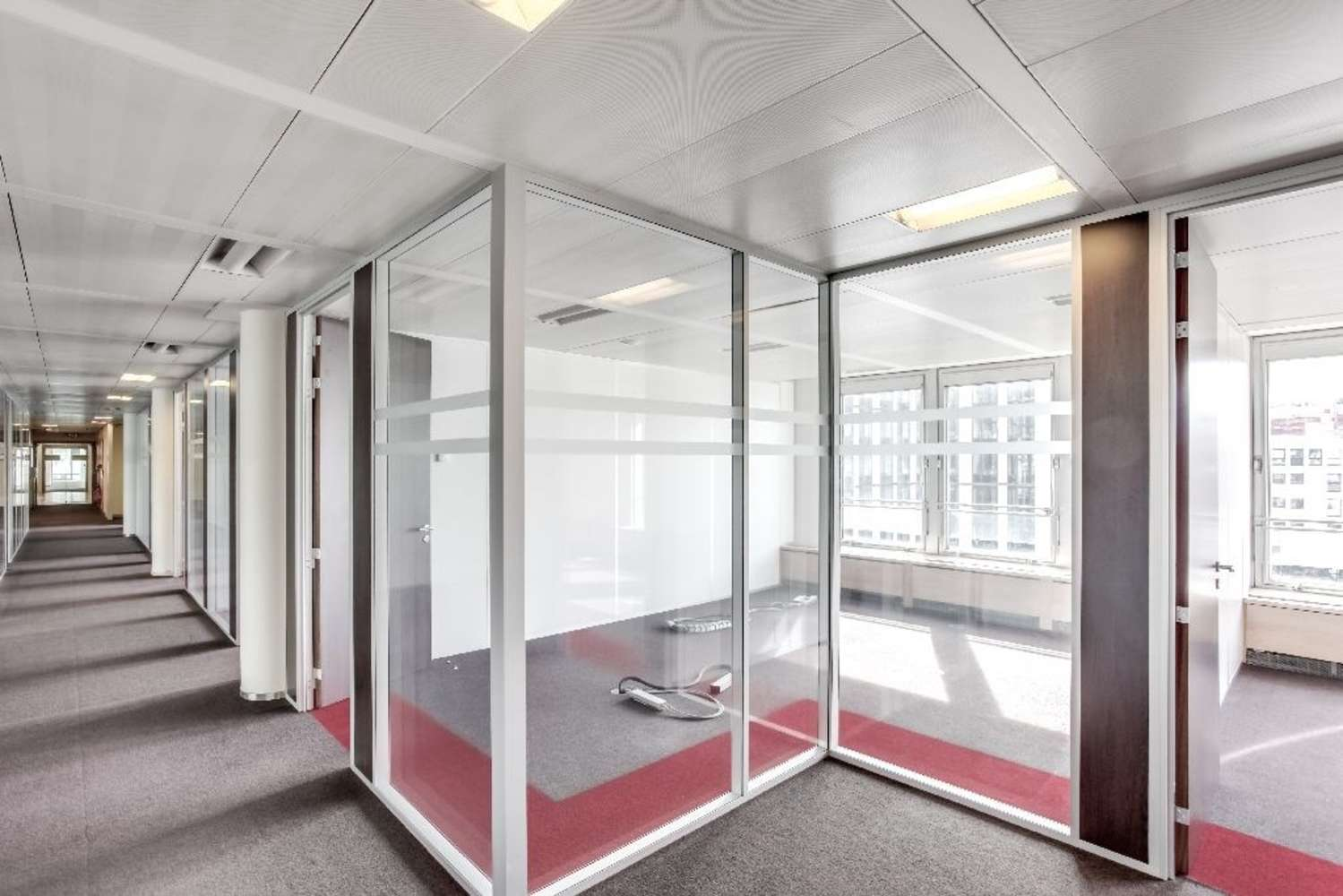 Bureaux Neuilly sur seine, 92200 - LE FRANCE - 9459331