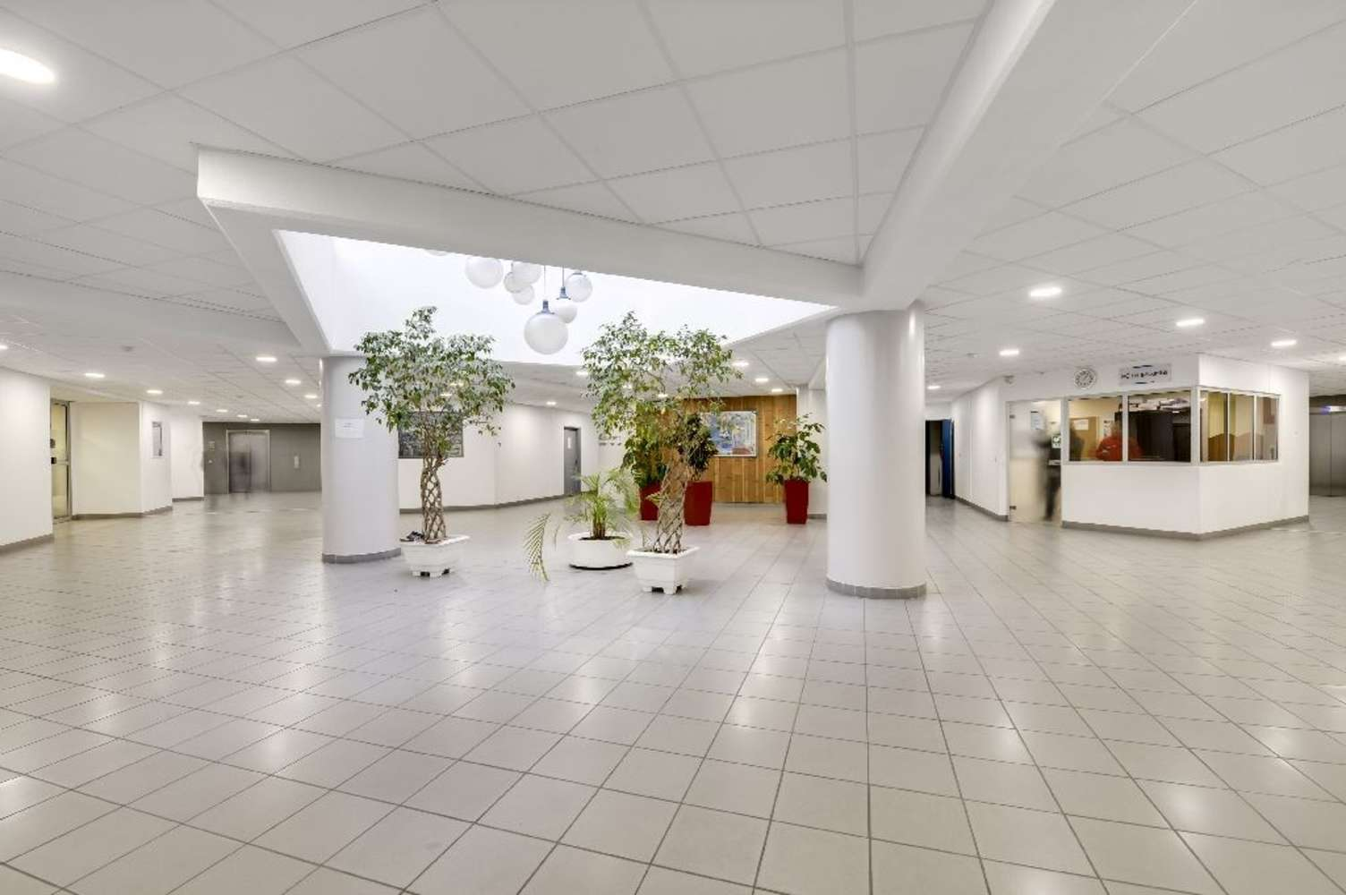 Bureaux Colombes, 92700 - LE CHARLEBOURG - 9483166