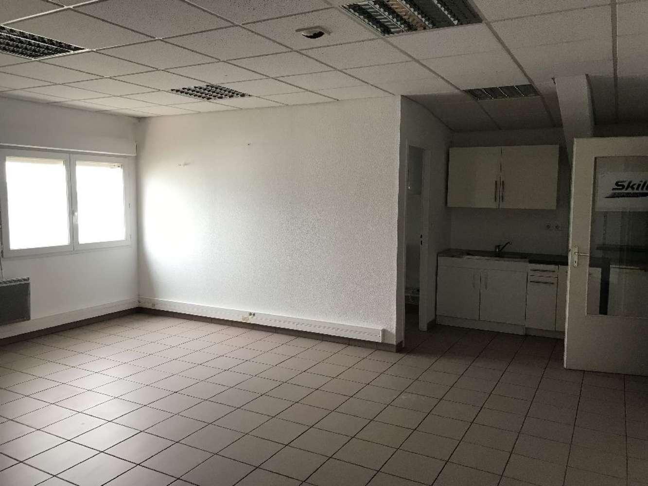 Activités/entrepôt St pierre de chandieu, 69780 - Location locaux d'activité - Rhône (69) - 9530157