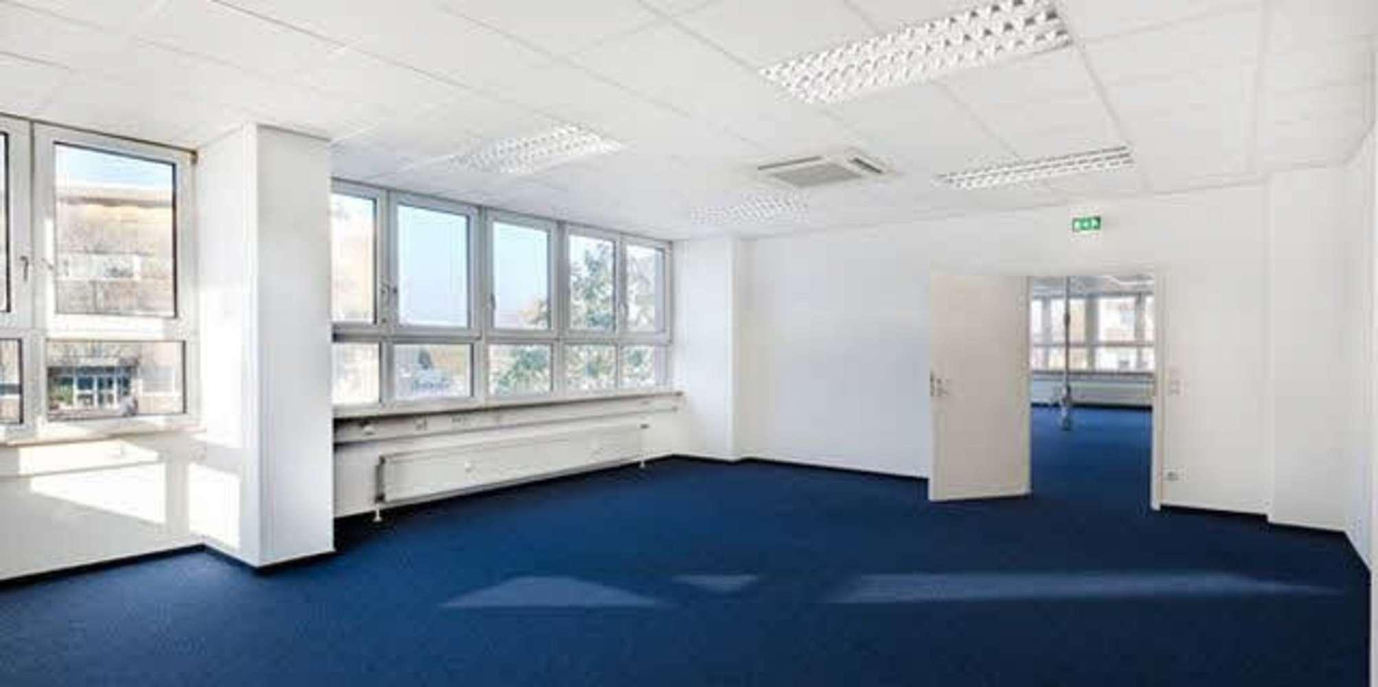 Büros Frankfurt am main, 60437 - Büro - Frankfurt am Main, Nieder-Eschbach - F2400 - 9534696