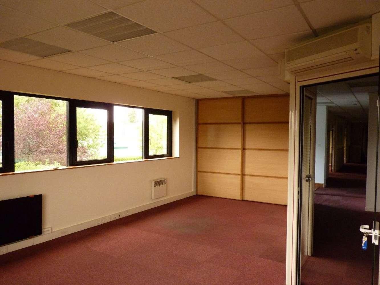 Activités/entrepôt Genas, 69740 - Location entrepot Genas - Lyon Est (69) - 9535939