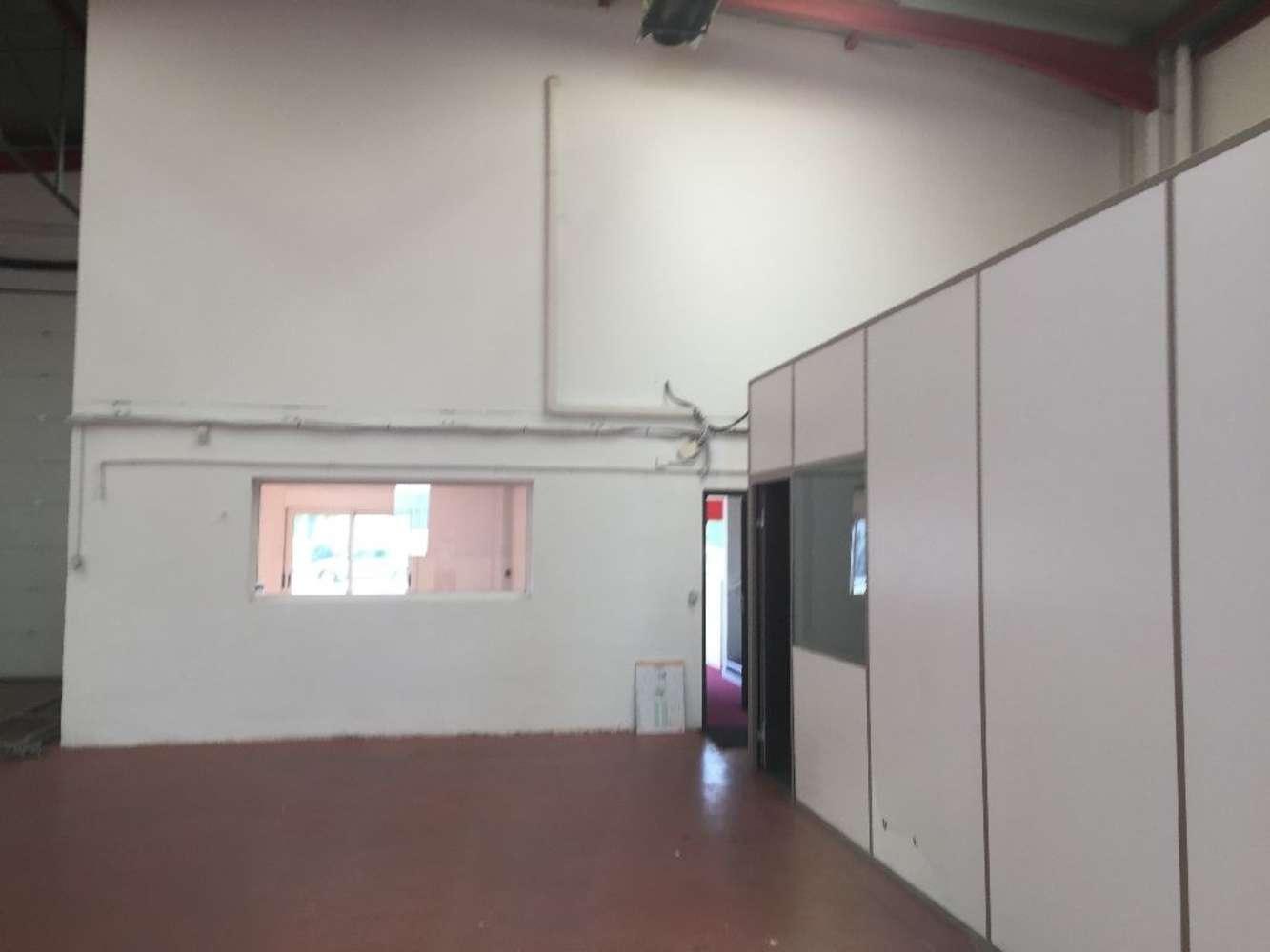 Activités/entrepôt Venissieux, 69200 - Bâtiment d'activité adapté au négoce - 9535984