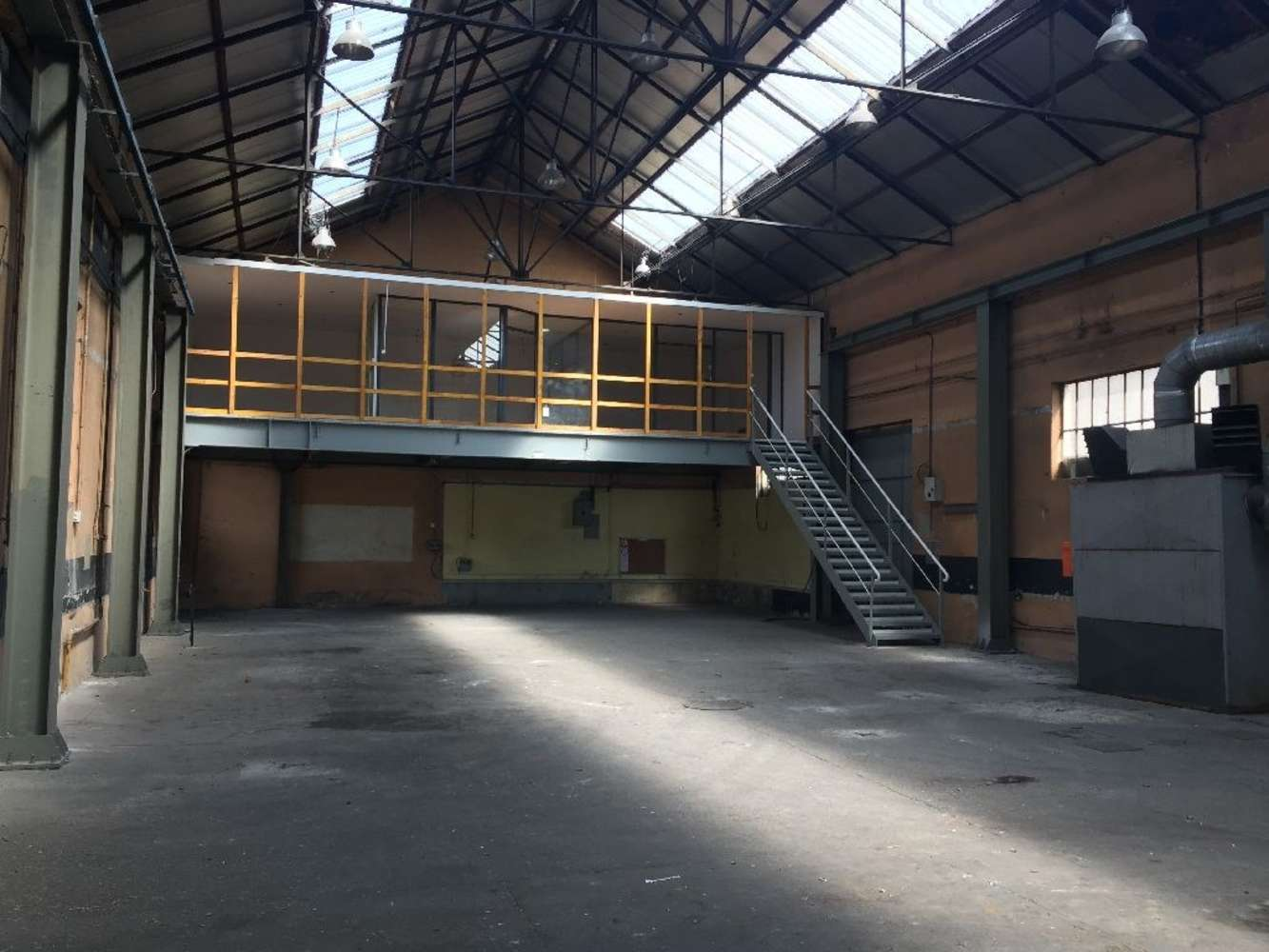 Activités/entrepôt Villeurbanne, 69100 - Location entrepot Villeurbanne (Lyon) - 9579216