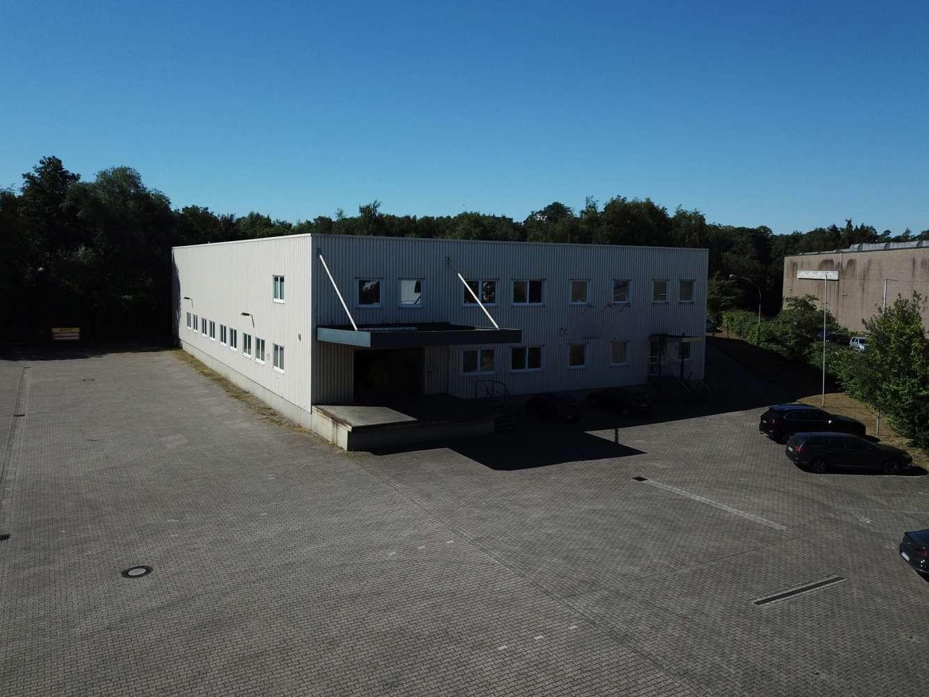 Hallen Essen, 45326 - Halle - Essen, Altenessen-Süd - D0214 - 9583164