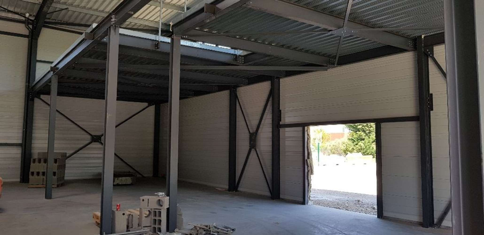 Activités/entrepôt Corbas, 69960 - Parc Montmartin - Entrepot à vendre Lyon - 9659120