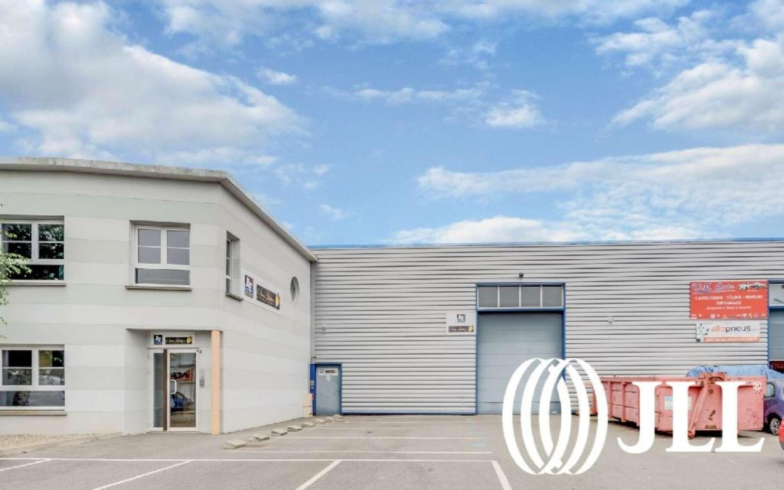 Activités/entrepôt Chambly, 60230 -  RUE HENRI BECQUEREL - 9738692