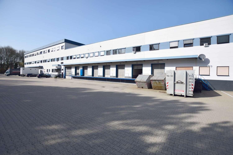 Hallen Essen, 45307 - Halle - Essen, Leithe - D2412 - 9747919