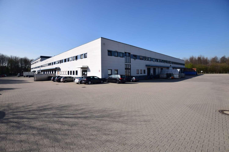 Hallen Essen, 45307 - Halle - Essen, Leithe - D2413 - 9747927