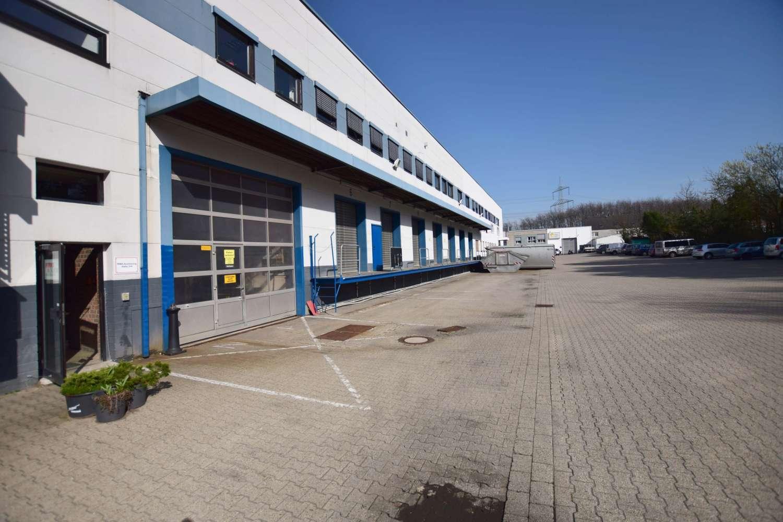 Hallen Essen, 45307 - Halle - Essen, Leithe - D2414 - 9747937