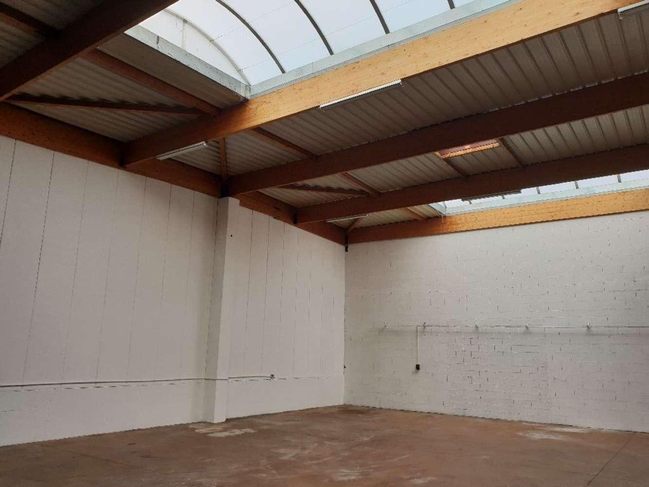 Activités/entrepôt Decines charpieu, 69150 - Location entrepot Décines-Charpieu (69) - 9844194