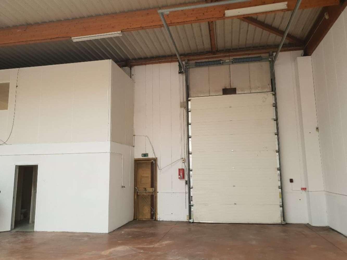 Activités/entrepôt Decines charpieu, 69150 - Location entrepot Décines-Charpieu (69) - 9844195