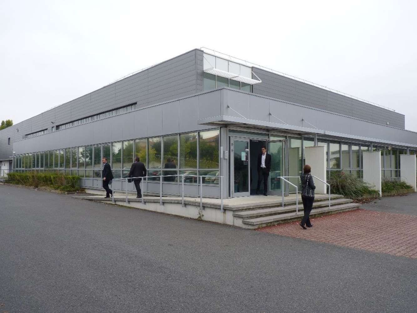 Activités/entrepôt Caluire et cuire, 69300 - Location locaux d'activité Lyon Nord - 9921219
