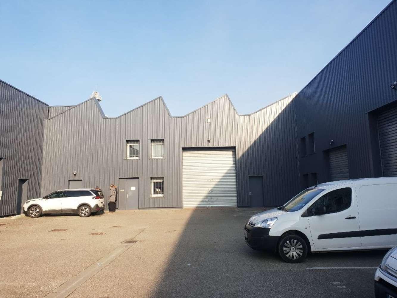 Activités/entrepôt Venissieux, 69200 - LOCATION LOCAUX D'ACTIVITÉ - VENISSIEUX - 9923604