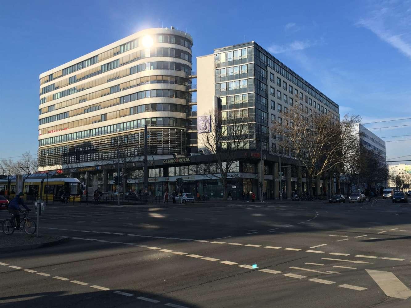 Hallen Berlin, 10407 - Halle - Berlin, Prenzlauer Berg - B1619 - 9932747
